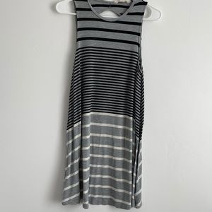 3/$15 American Eagle Outfitters Striped Gray Dress